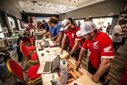 Paulo Goncalves, Honda, Kevin Benavides, Honda