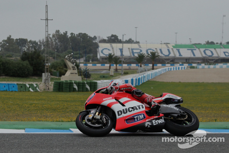 Nicky Hayden, Ducati Team, tests the new Ducati GP12
