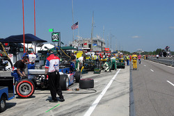 Teams line up before the race