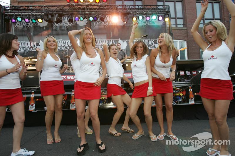 John Street Party Molson Canadian Girls Go Wild On The