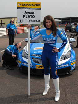 Sophie Fisher Grid girl to Jason Plato