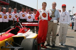 Sébastien Bourdais accepts 'Driver of the Year' award
