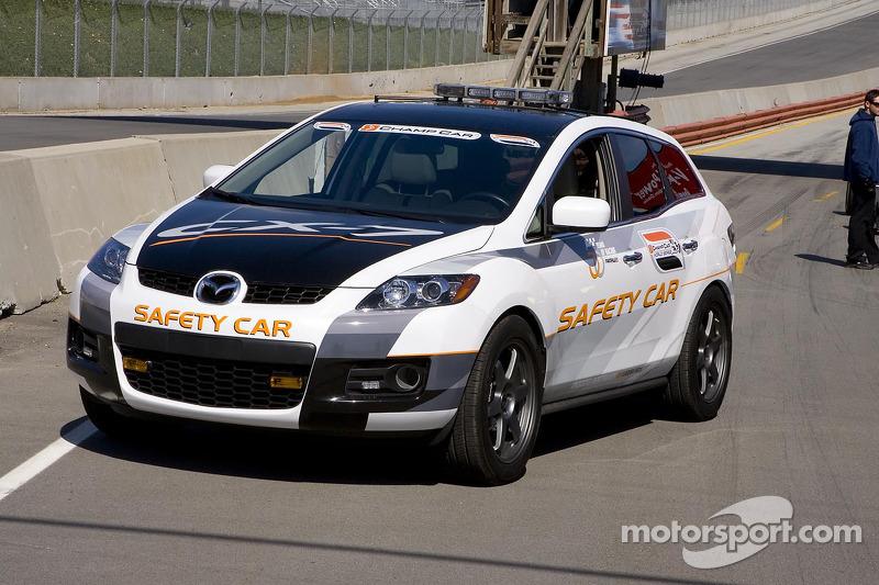 Voiture de sécurité Mazda