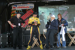 Legendary IMS Public Address Announcer Tom Carnegie jokes with Pennzoil Panther driver Tomas Scheckter on the XM Stage
