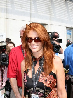 Model Angie Everhart