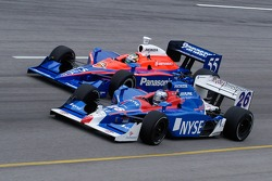 Marco Andretti and Kosuke Matsuura practice running wheel to wheel