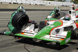 Tony Kanaan in the pits
