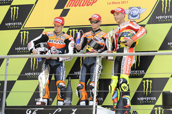 Podium: race winner Casey Stoner, second place Andrea Dovizioso, third place Valentino Rossi