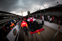 A heavy rain starts to fall on the qualifying line