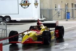 Conquest Racing car towed out to pitlane