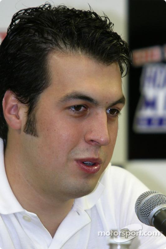 Conférence de presse des prétendants au titre 2003 : Sam Hornish Jr.