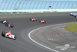 Dario Franchitti spins