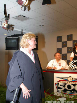 Lucy Foyt after drawing for son Larry