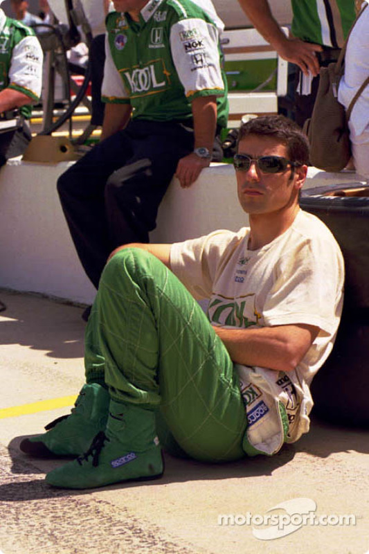 Dario waits for qualifying