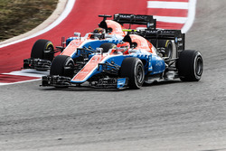 Esteban Ocon, Manor Racing MRT05; Pascal Wehrlein, Manor Racing MRT05