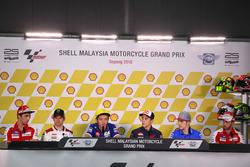 Andrea Iannone, Ducati Team; Cal Crutchlow, LCR Honda; Valentino Rossi, Movistar Yamaha MotoGP; Marc Marquez, Repsol Honda Team; Maverick Viñales, Team Suzuki Ecstar MotoGP; Andrea Dovizioso, Ducati Team, en conférence de presse