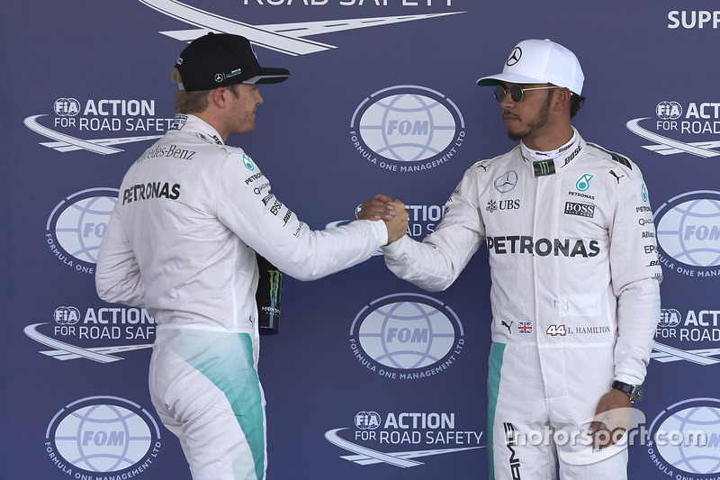 Pole de Lewis Hamilton, Mercedes AMG F1, sgundo de Nico Rosberg, Mercedes AMG F1