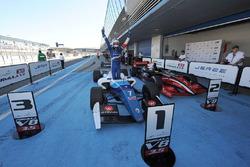 Ganador de la carrera Egor Orudzhev, Arden Motorsport