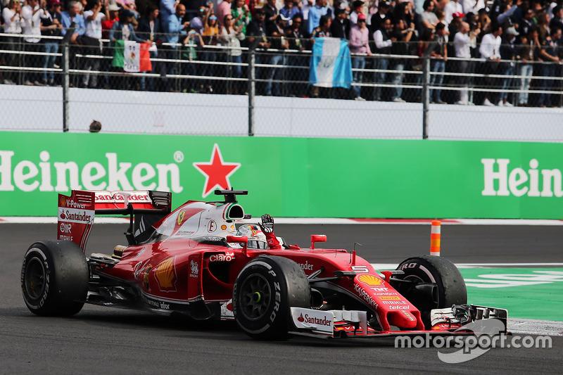 # 2: Себастьян Феттель (Формула 1)