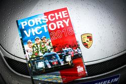 Porsche 2016 Galibiyet Kitabı
