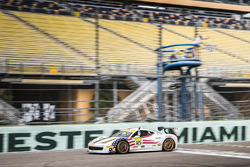 Zieldurchfahrt: #125 Ferrari of San Francisco, Ferrari 458: Matt Keegan