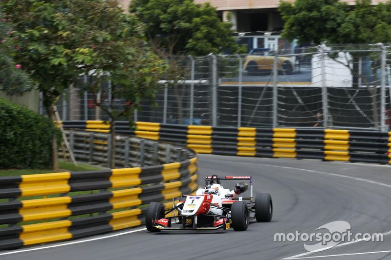 2. Felix Rosenqvist, SJM Theodore Racing by Prema, Dallara Mercedes