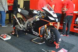 La moto di Lorenzo Savadori, Milwaukee Aprilia World Superbike team