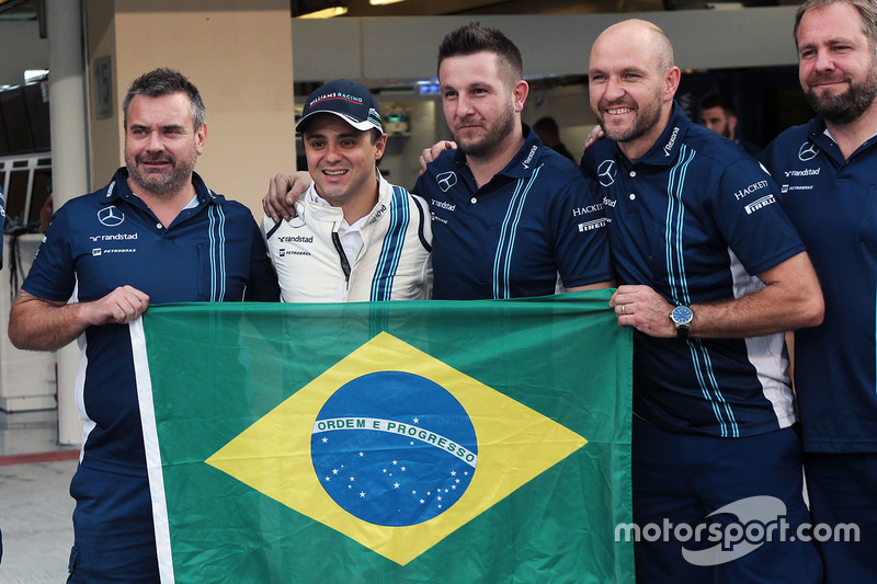 Felipe Massa, Williams en una fotografía de equipo