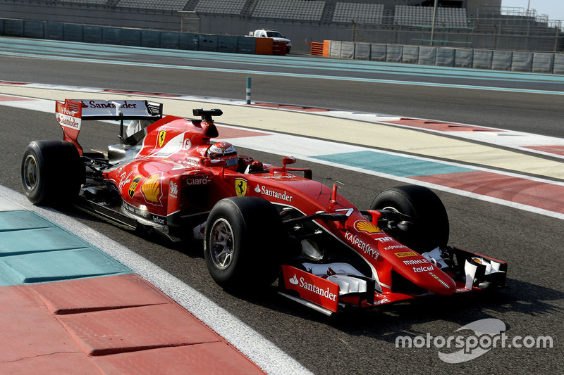Kimi Raikkonen, Ferrari, probando los nuevos neumáticos Pirelli de 2017