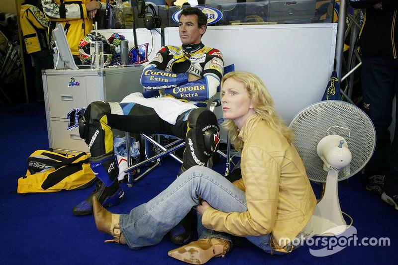 Sam et Troy Corser, Suzuki attendent une décision