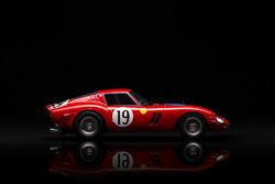 Ferrari 250 GTO scale model