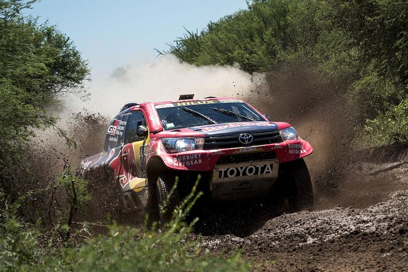 #301 Toyota Gazoo Racing Toyota: Нассер Аль-Аттія, Матьє Баумель