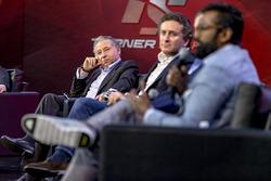 Президент FIA Жан Тодт, Алехандро Агаг, руководитель Formula E Holdings, Зак Браун, глава Motorsport Network, Эвин Арумугам, SVP, Internet of Things, Visa