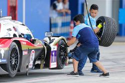 #1 Jackie Chan DC Racing Ligier JSP3: James Winslow, David Cheng, Hiroki Yoshida