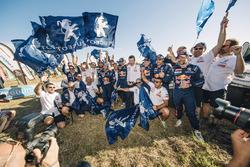 Dreifacherfolg für Peugeot Sport: Stéphane Peterhansel, Jean-Paul Cottret, Sébastien Loeb, Daniel Elena, Cyril Despres, David Castera, Bruno Famin