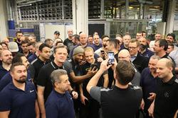 Valtteri Bottas, Mercedes AMG F1, Mercedes-Benz çalışanları ile