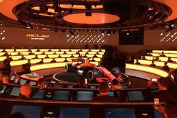 Презентація McLaren MCL32