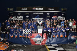 Brad Keselowski, Team Penske Ford in Victory Lane with the team