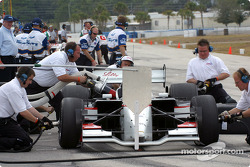Pitstop simulation for Sébastien Bourdais and Team Newman-Haas