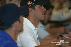 Drivers autograph session: Tiago Monteiro