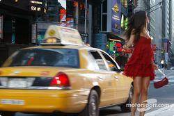 Second commercial: the lovely model and a yellow cab