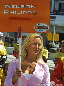 Nelson Philippe's grid girl