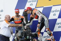 Podium : le vainqueur Casey Stoner, Repsol Honda Team, le deuxième, Andrea Dovizioso, Repsol Honda Team