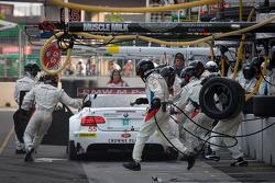 Pit stop for #55 BMW Motorsport BMW M3 GT: Bill Auberlen, Dirk Werner