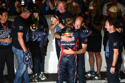 Sebastian Vettel, Red Bull Racing, Christian Horner, Red Bull Racing, Sporting Director and Adrian Newey, Red Bull Racing, Technical Operations Director