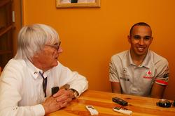 Берни Экклстоун и Льюис Хэмилтон, McLaren Mercedes