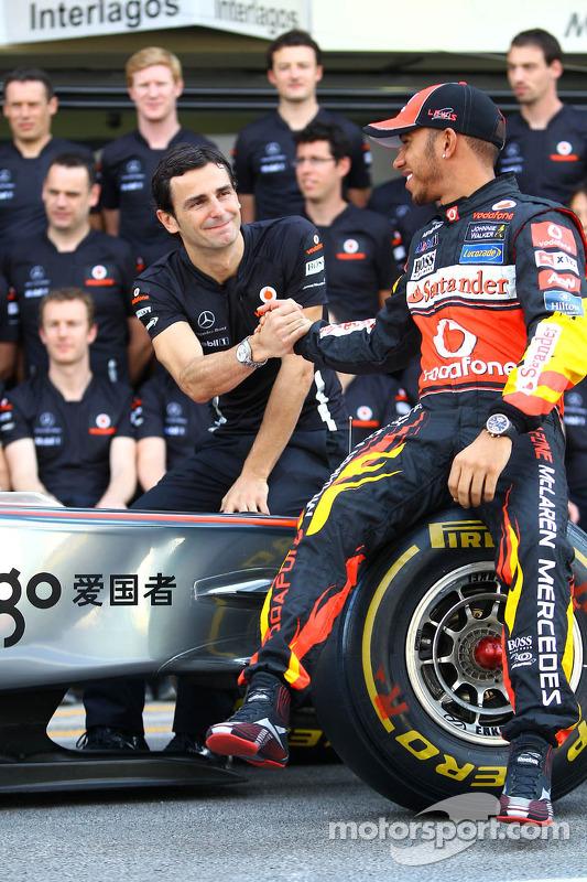 Pedro de la Rosa, test driver, McLaren Mercedes and Lewis Hamilton, McLaren Mercedes