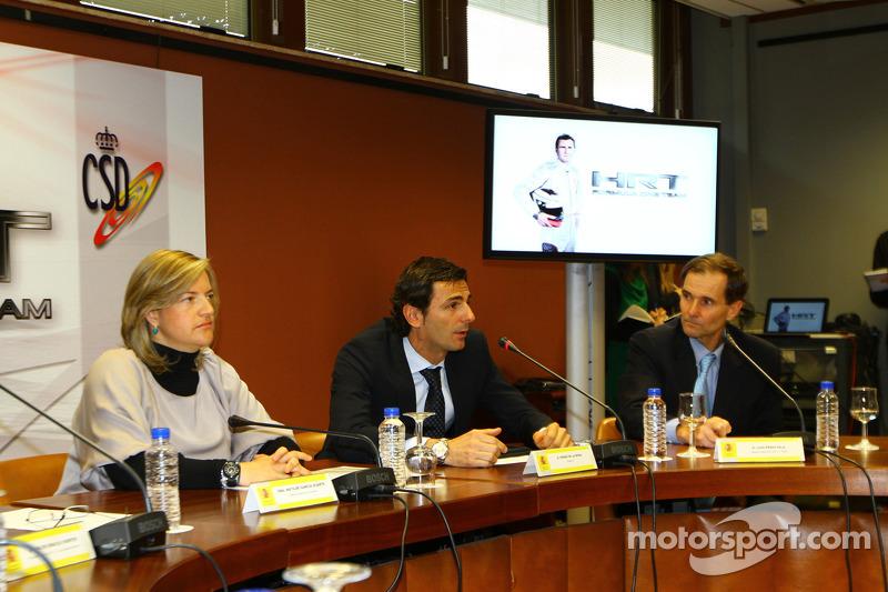 Pedro de la Rosa and Team Principal Luis Perez-Sala