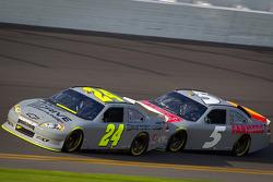 Jeff Gordon, Hendrick Motorsports Chevrolet and Kasey Kahne, Hendrick Motorsports Chevrolet