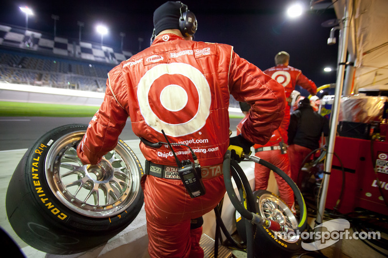 Chip Ganassi Racing team members ready for a pit stop